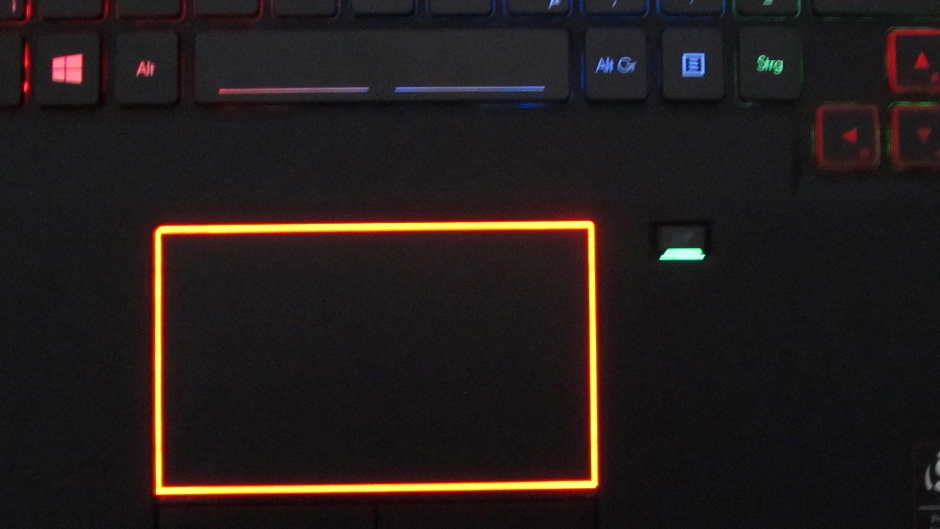 Acer Predator 17 G9-793-79NC Tastatur_6