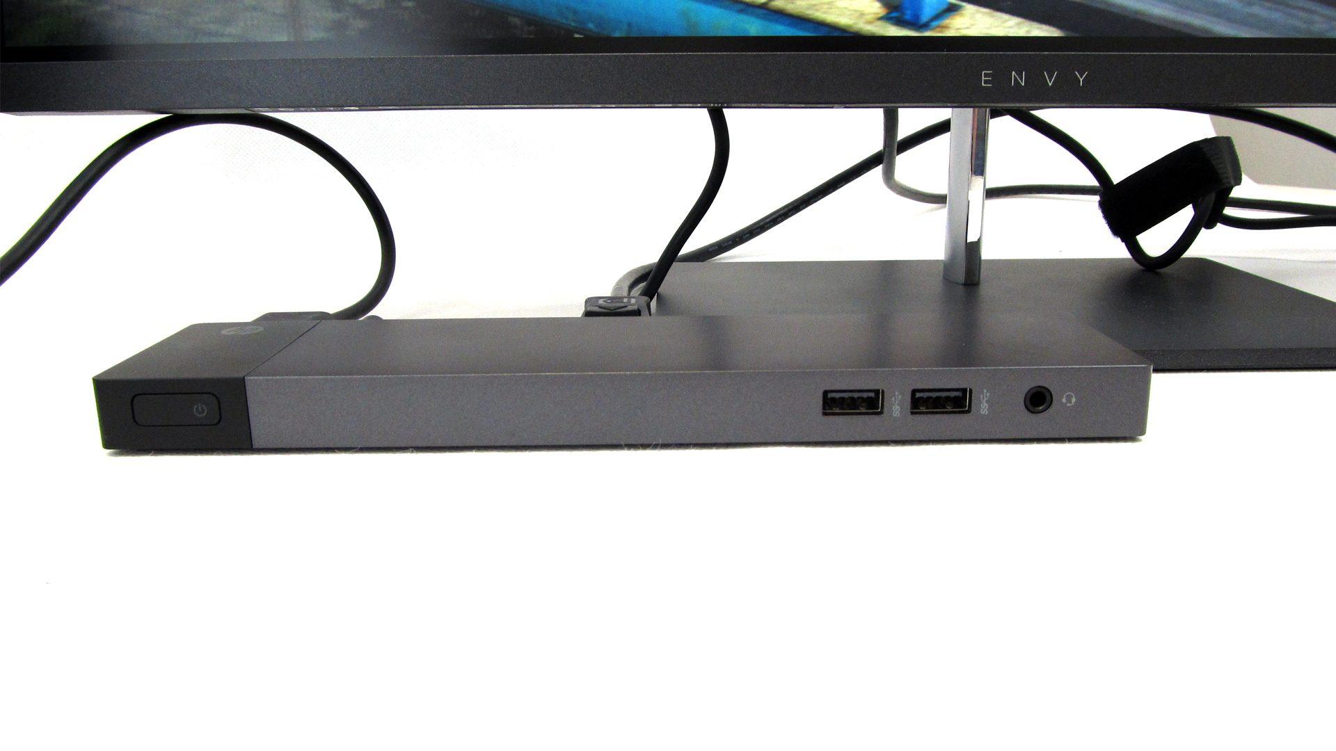 Acer-Predator-Docking-_4