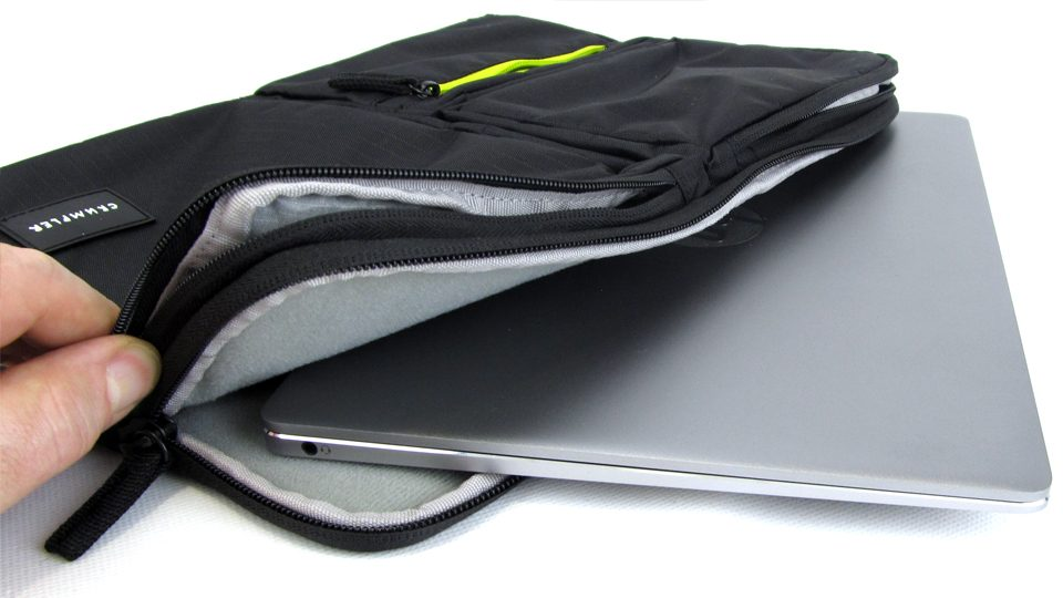 Hauptfach für Tablet oder Notebook bis 13″