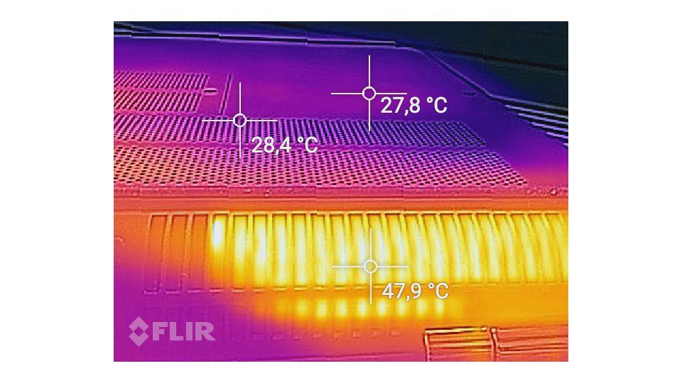 HP-OMEN-17-w107ng Hitze_5