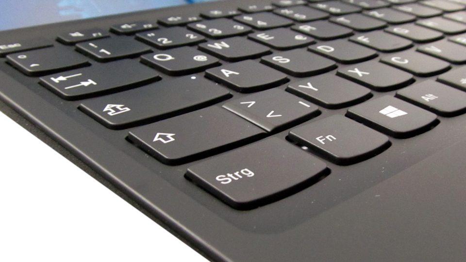 Lenovo-Ideapad-MIIX-510-12IKB_Tastatur_4