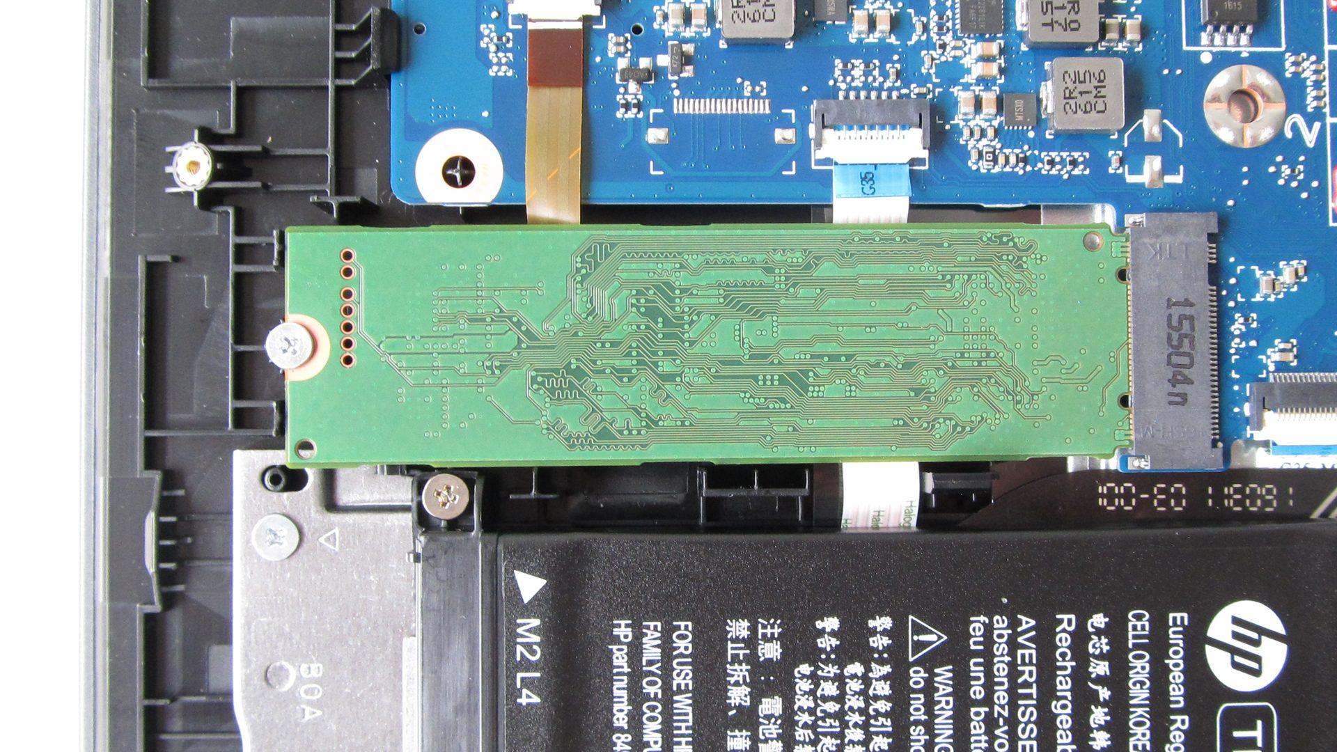 OMEN by HP 15-ax204ng HP-OMEN-Innen-SSD