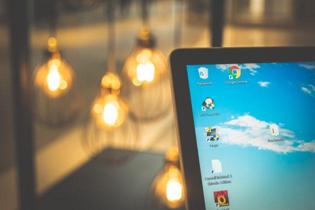 microsoft-surface-laptop-display