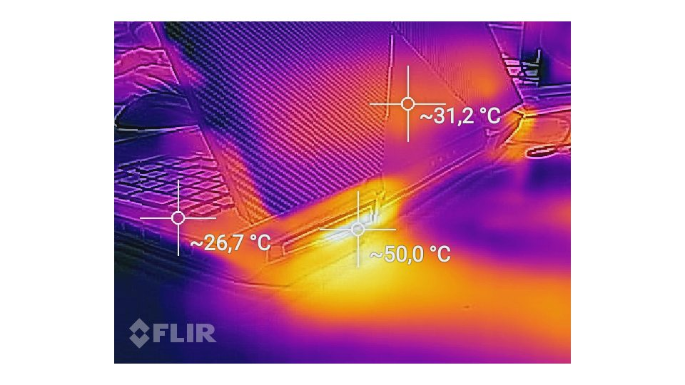 HP OMEN 17-an016ng Hitze_3