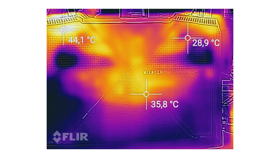 HP OMEN 17-an016ng Hitze_4