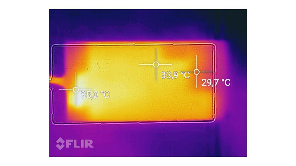 Acer-Aspire-7-A717-71G-721V-Hitze_6