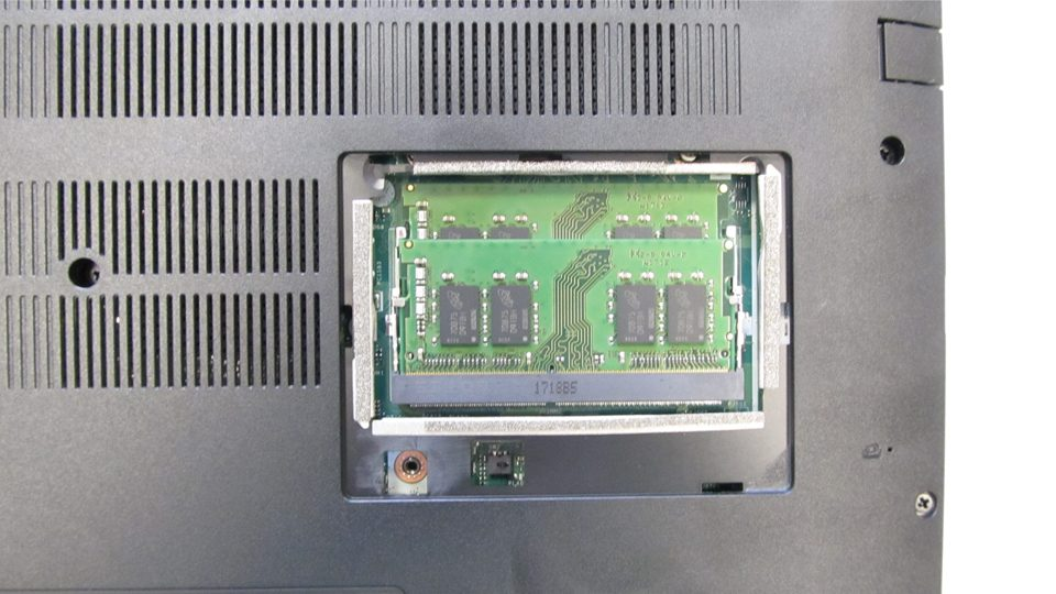 Acer Aspire 7 A717-71G-721V Innen_2