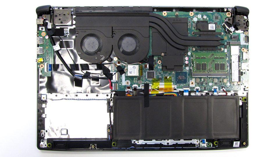 Acer Aspire 7 A717-71G-721V Innen_4