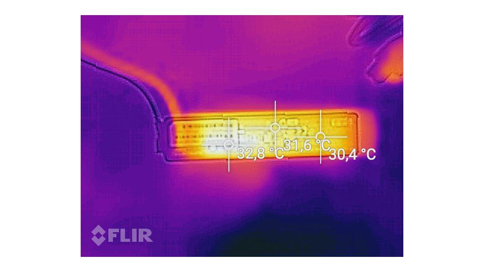 Fujitsu-LIFEBOOK-U727_Hitze_4