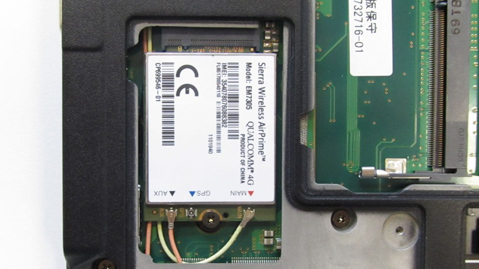 Fujitsu-LIFEBOOK-U727_Innen_4