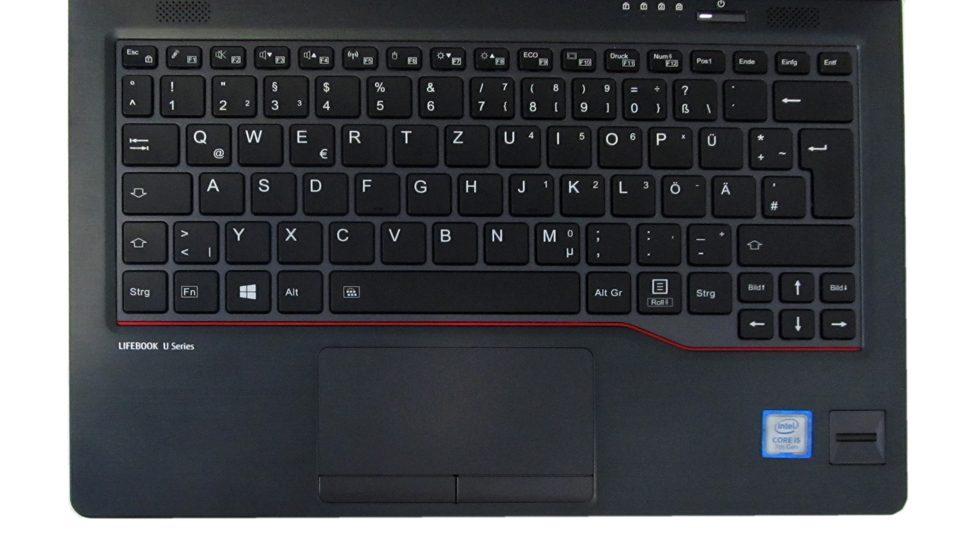 Fujitsu-LIFEBOOK-U727_Tastatur_4