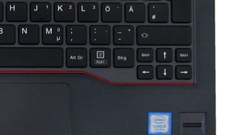 Fujitsu-LIFEBOOK-U727_Tastatur_5