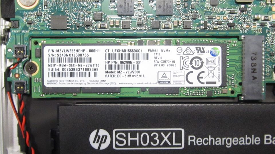 HP Spectre x360 13-ac000ng Innen_2