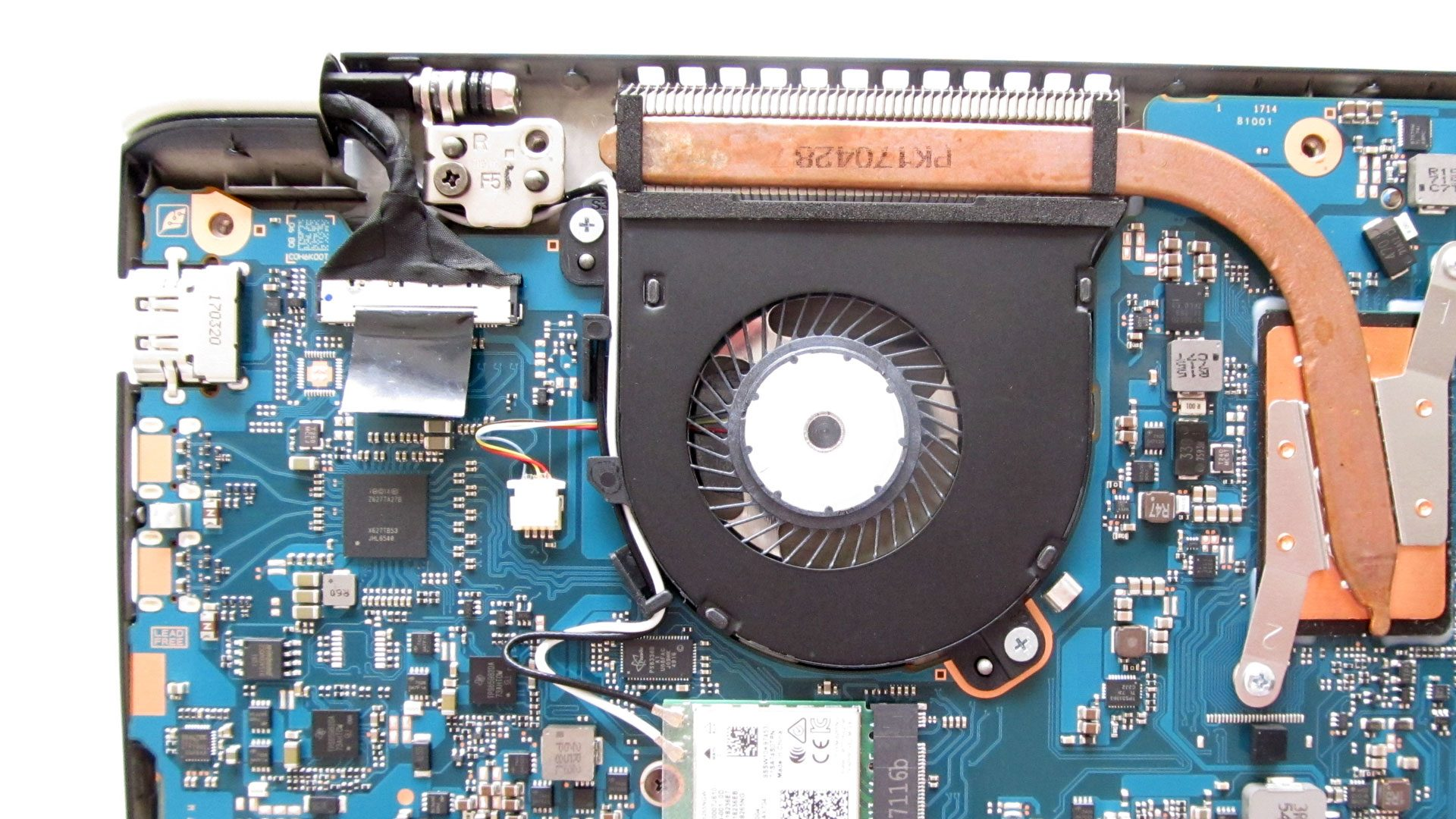 Toshiba-Tecra-x40-D-11F – Innen_2