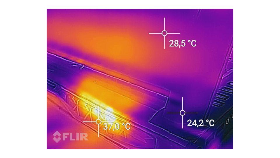 Acer Predator 17 G9-793-718K – Hitze_3