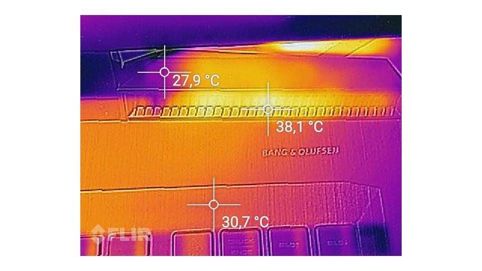 HP OMEN 17-an011ng Hitze_3