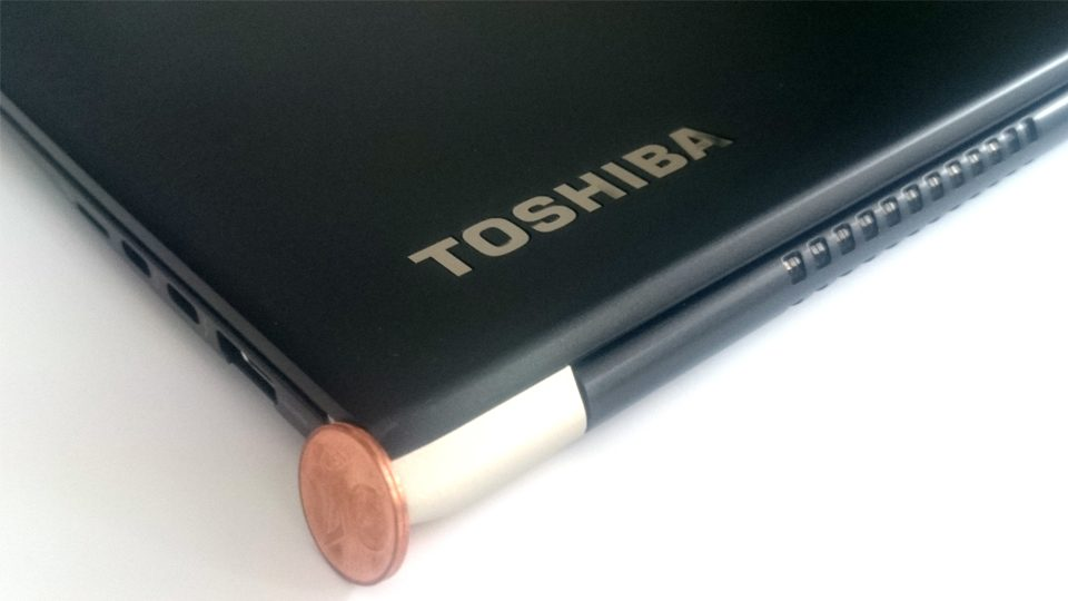 Toshiba-Tecra-X40-Gehaeuse_2