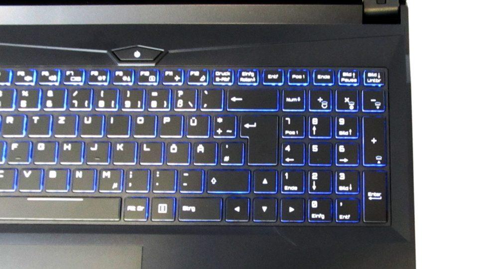SCHENKER XMG A707-nyd Tastatur_3