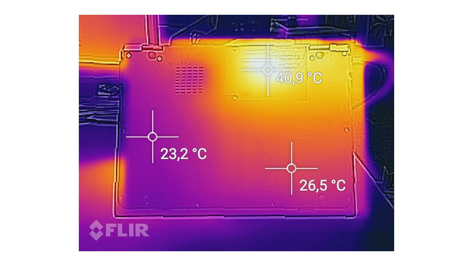 Toshiba Portégé X20W-D-14G Hitze_2