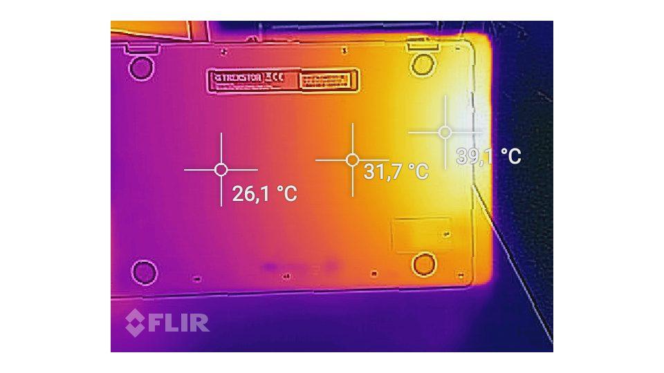 TREKSTOR Primebook C13 WiFi Hitze_2