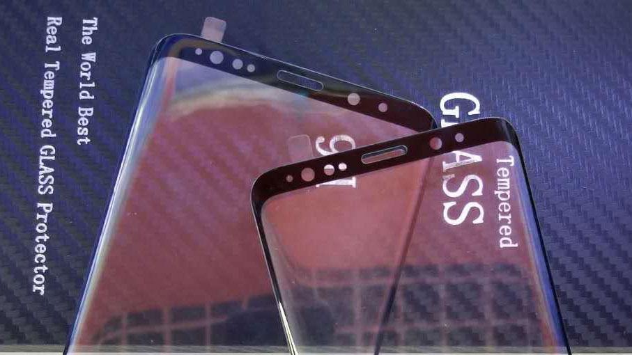 Samsung Galaxy S9: Screenprotector und USB C Flex Kabel aufgetaucht