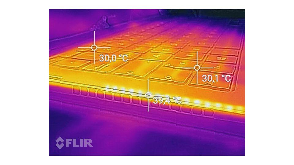 Asus-Zenbook-Flip-S-UX370 Hitze_3