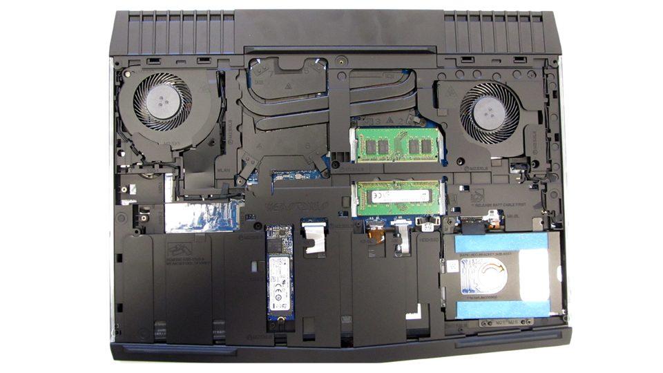 Dell-Alienware-15-R3-A15-9597Innen_1