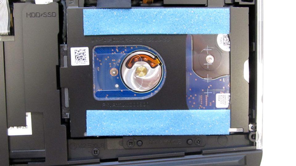 Dell-Alienware-15-R3-A15-9597Innen_3