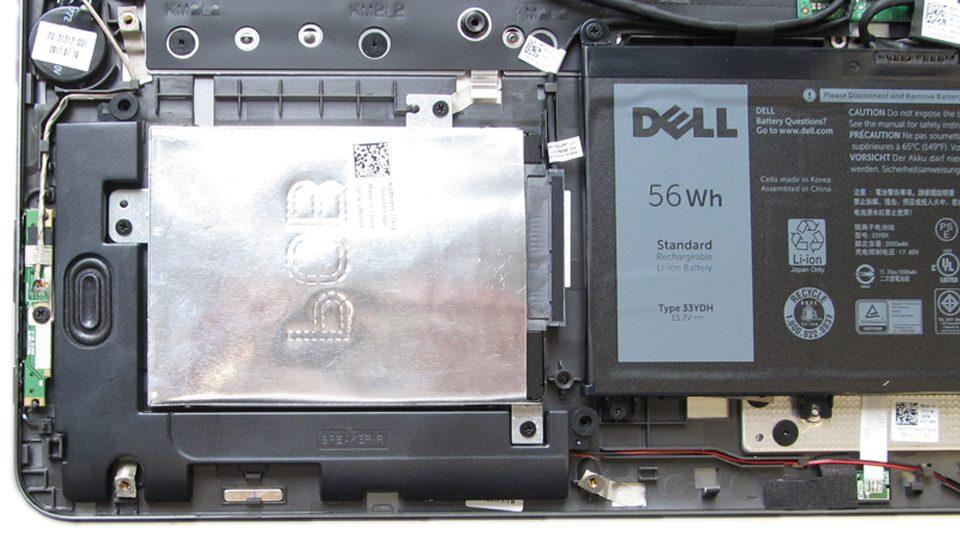 Dell-Inspiron-17-7773 Innen_4