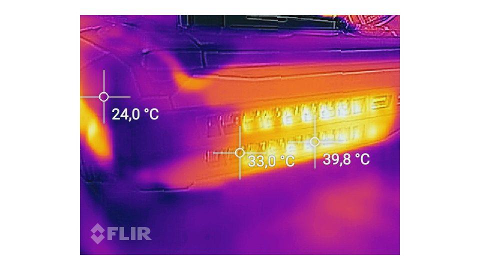MSI-GT75VR-7RF-012-Titan-Pro_Hitze_5