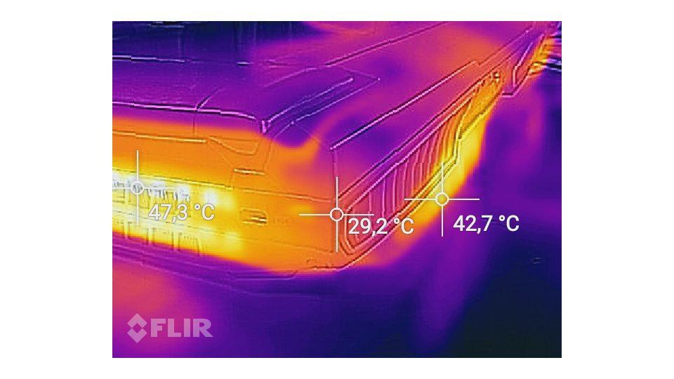 MSI-GT75VR-7RF-012-Titan-Pro_Hitze_6