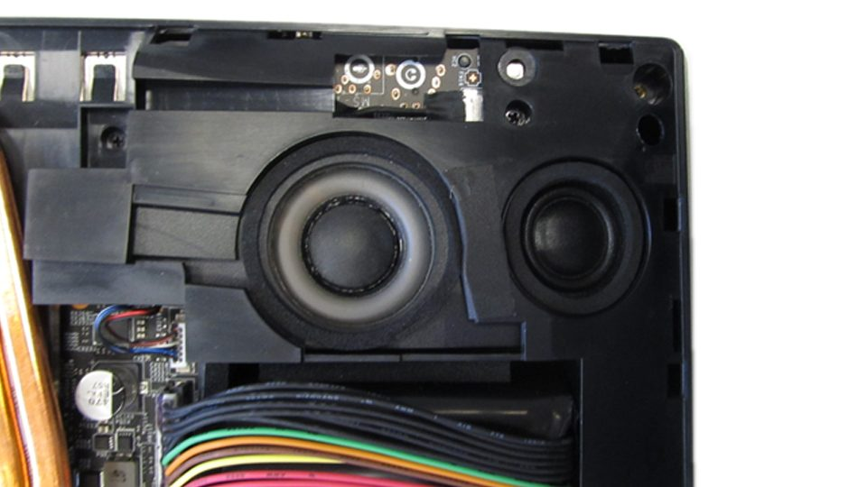 MSI-GT75VR-7RF-012-Titan-Pro_Innen_6