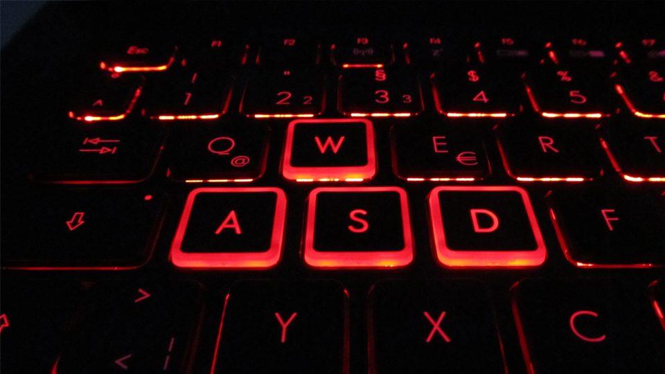 Acer Predator Helios 300 Tastatur_1