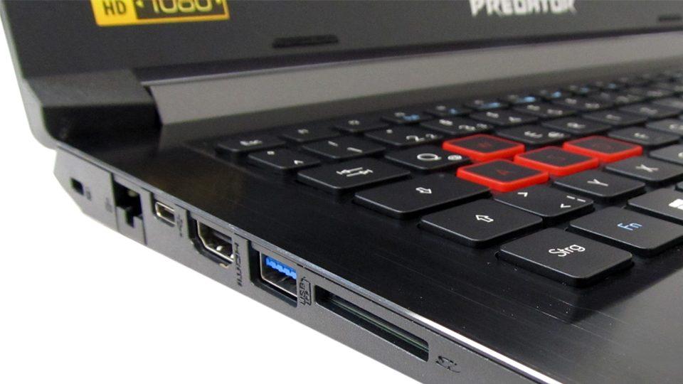 Acer Predator Helios 300 Tastatur_5