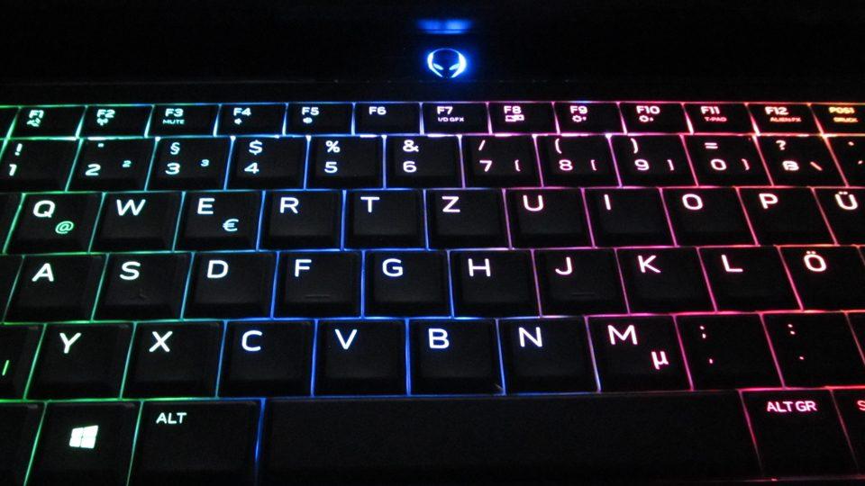 Dell-Alienware-15-R3-A15-9597 Tastatur_1
