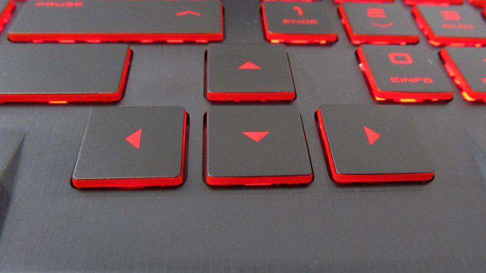 HP-OMEN-17-an011ng-Tastatur_4