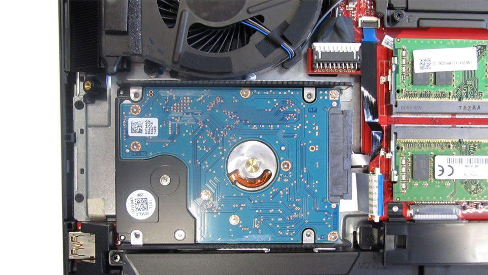 HP OMEN X 17-ap000ng Innen_3