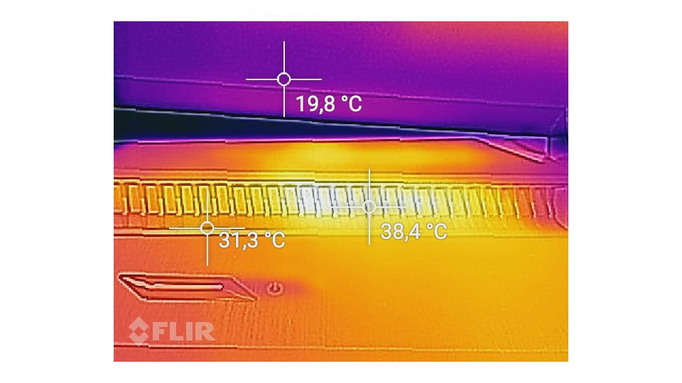 HP-Omen 17 an024ng-Hitze_3