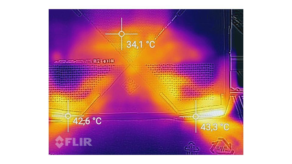 HP-Omen 17 an024ng-Hitze_4