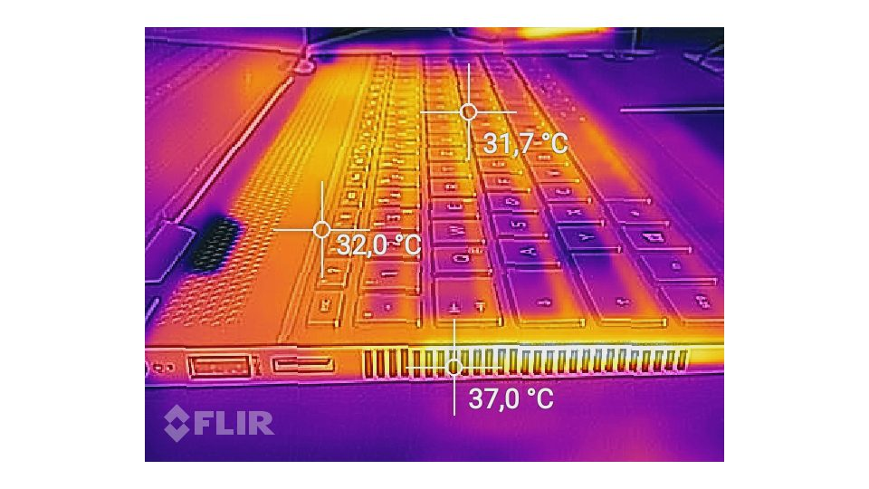 HP Spectre x360 15-ch002ng Hitze_4