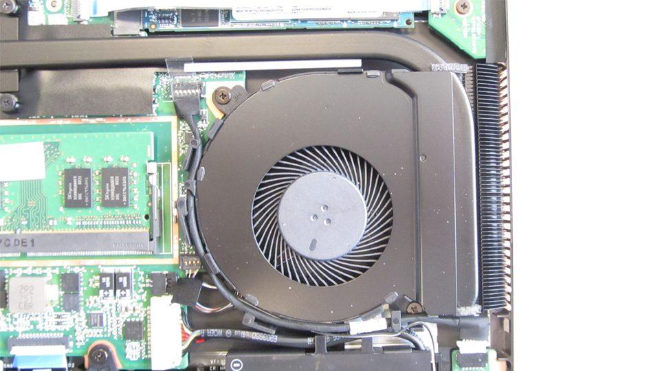 HP Spectre x360 15-ch002ng Innen_6