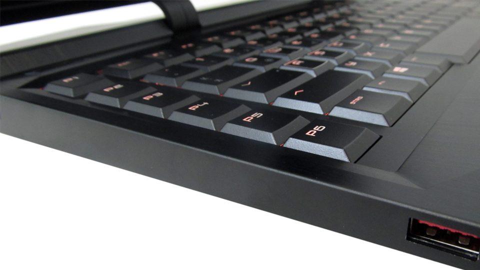 HP OMEN X 17-ap000ng Tastatur_9