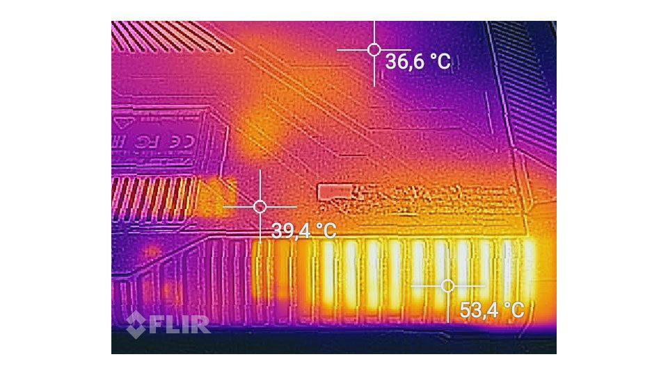 ASUS ROG Strix GL702ZC-GC104T Hitze_4