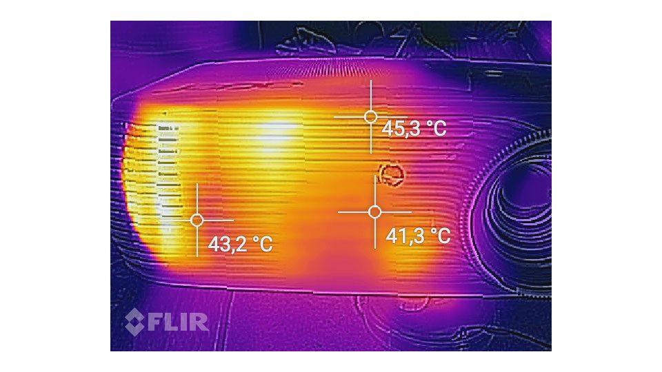 ACER P5530 Beamer Hitze_3