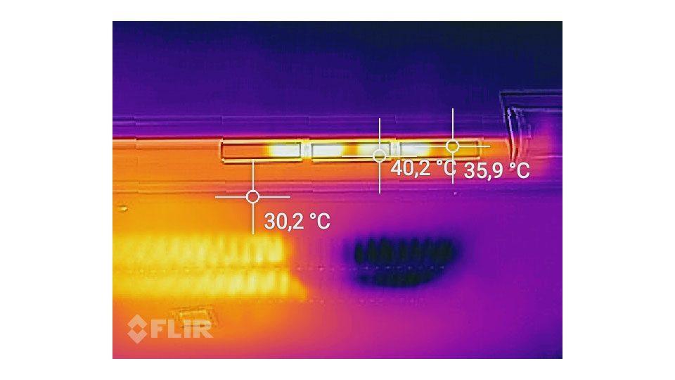 Lenovo Yoga 730-15IKB Hitze_4