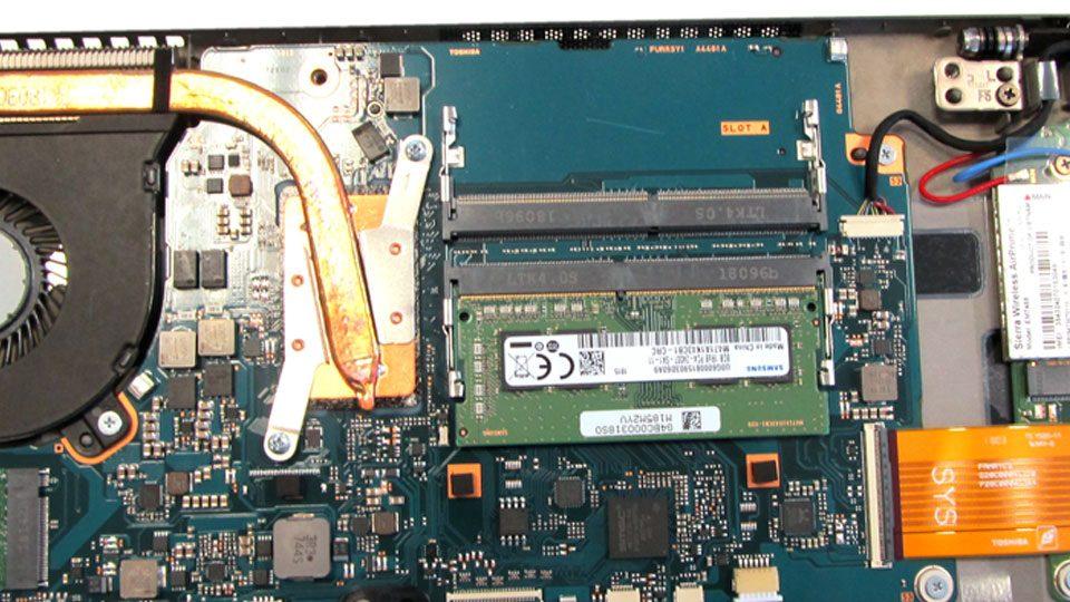 Toshiba Tecra X40-E-10W Innen_2