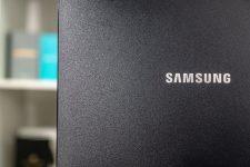 Samsung C43J890 Logo back