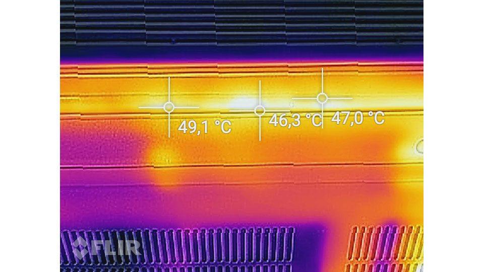 Lenovo Ideapad 330-15ICH 81FK0041GE Hitze_3