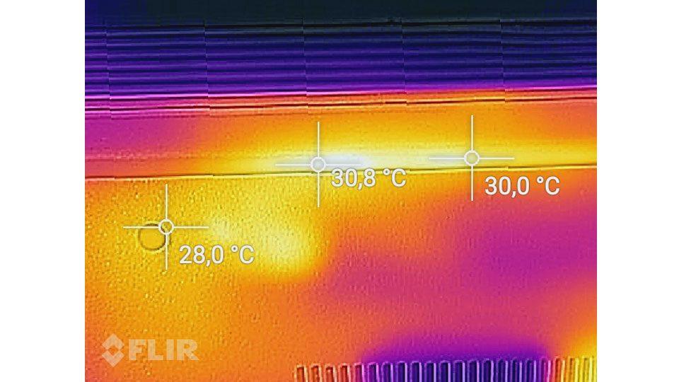Lenovo V320-17IKBR Hitze_3