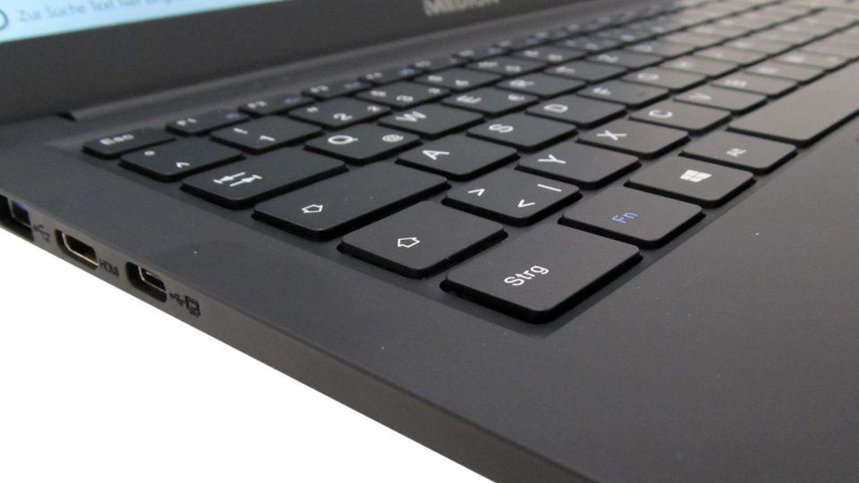 Medion_Akoya_E4253 Tastatur_4